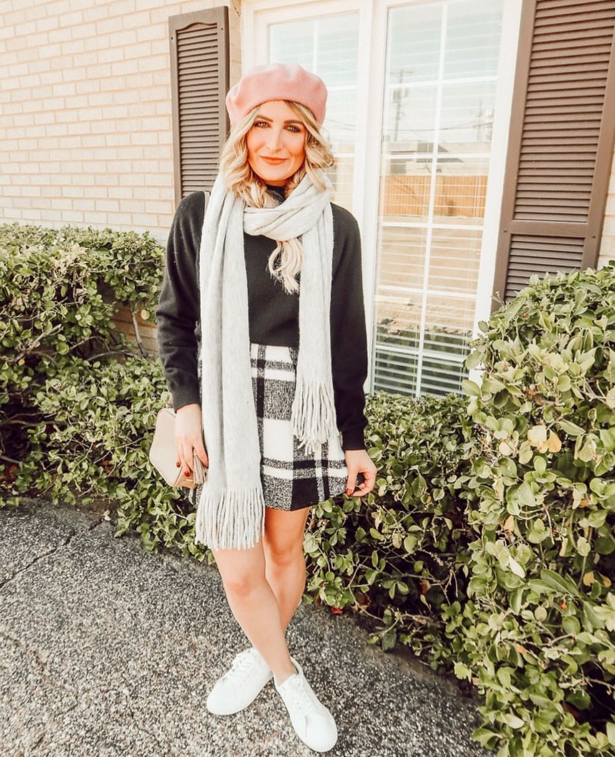 Parisian chic | Beret | Audrey Madison Stowe a fashion and lifestyle blogger