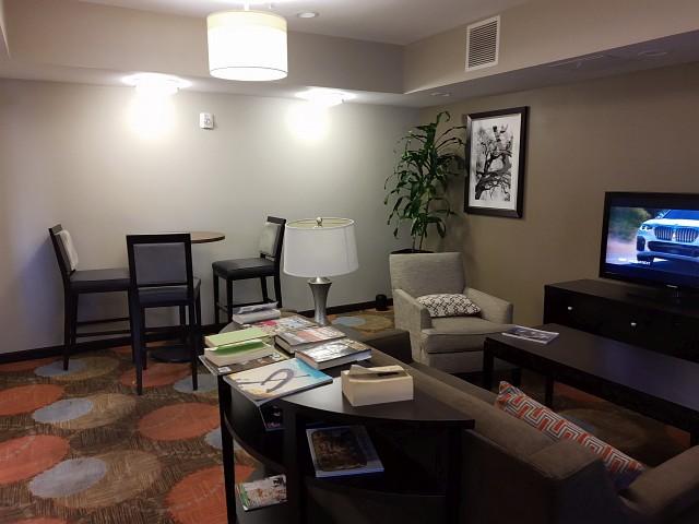 Candlewood Suites Santa Ana