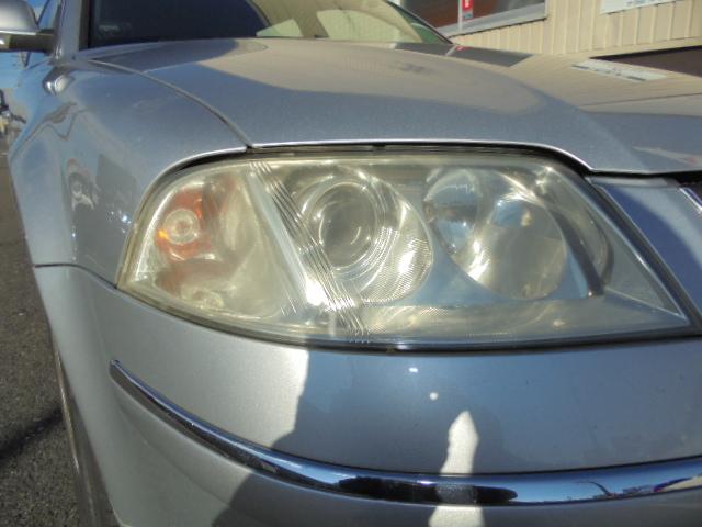 VWパサート 車検整備&ヘッドライト交換