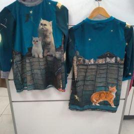 T-shirt ,tunique chat dans la nuit