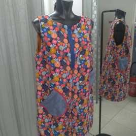 robe courte trapèze ou tunique en velours