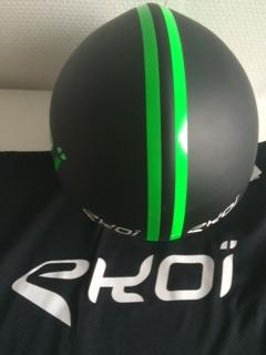 Helm vorne