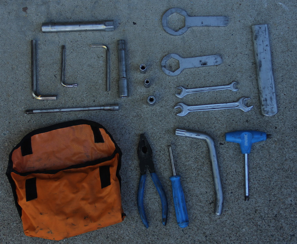 The standard KTM 950 Adventure Tool Kit