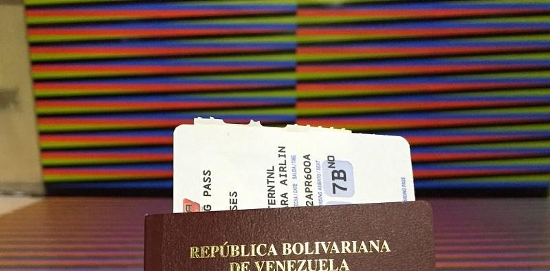 Pasaportes-venezolanos-vencidos-tendrán-vigencia-en-usa