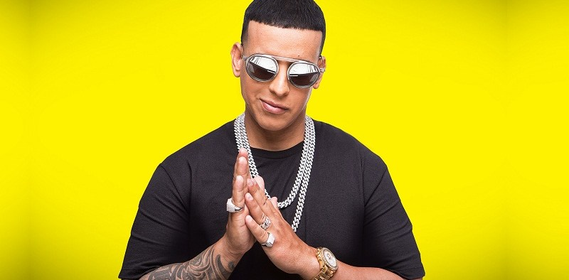 """Daddy Yankee Reina de la Canción"""" por Univision"""