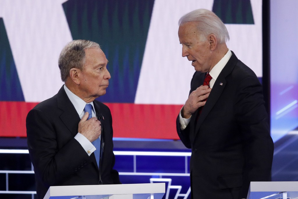 Michael Bloomberg y Joe Biden