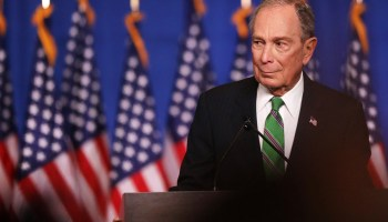 Michael Bloomberg y Joe Biden