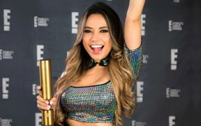 gaby-asturias-gano-influencer-peoples-choice-awards-2020-
