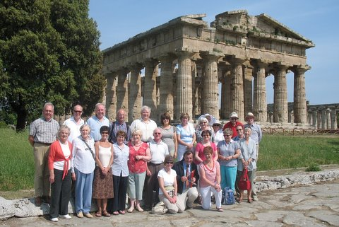 The Art Appreciation Group at Paestum with their guide, Frank Milner, on the art tour in May 2011 based in Sorrento