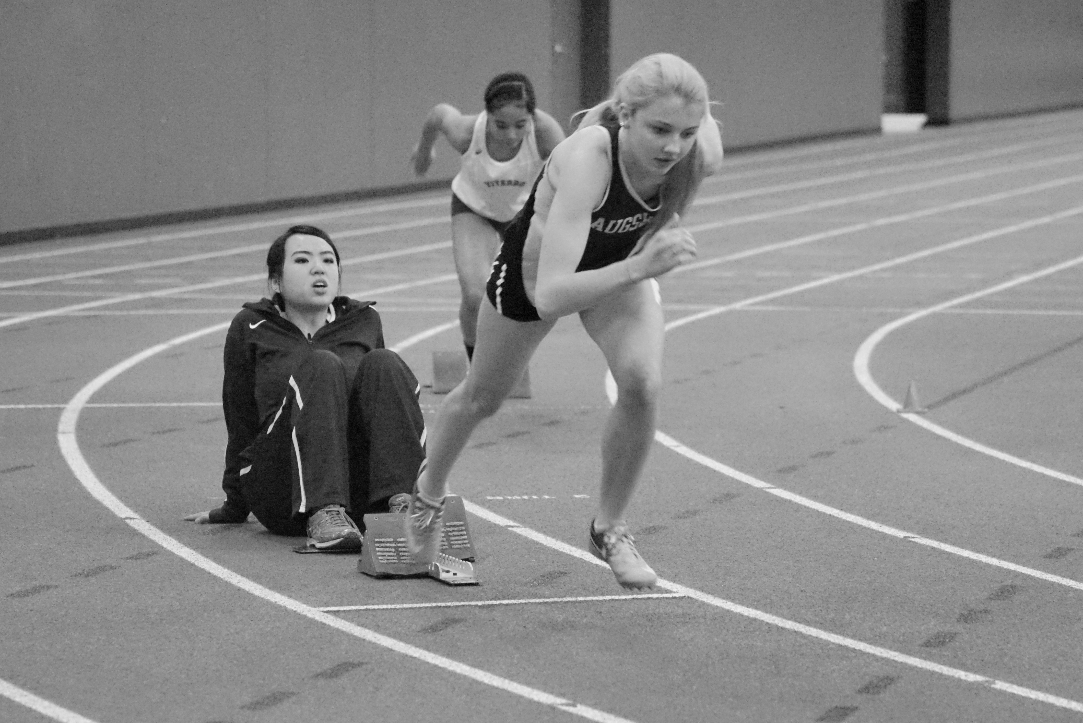 Women's Track athlete wins MIAC title