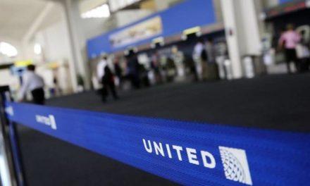 Así dañó su reputación United Airlines por un asiento de avión