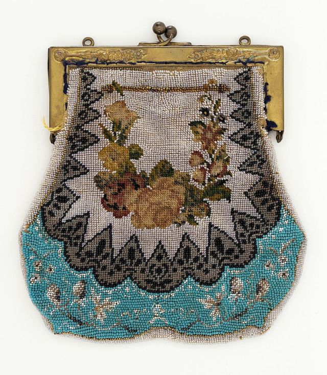 Women's handbag in 1860