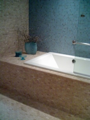 Glass Tiled Bath