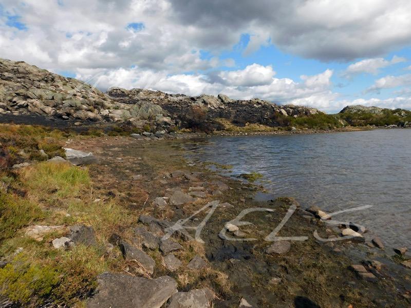 Orillas en estiaje de la laguna del Cuadro en septiembre.