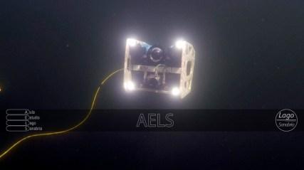 El ROV a grandes profundidades (cable de 100m) trabaja con iluminación artificial.