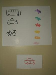 Ejemplo de plantilla con medios de transporte y colores.