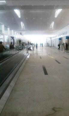 Suasana di dalam Foto Bandara Kualanamu dekat ruang tunggu