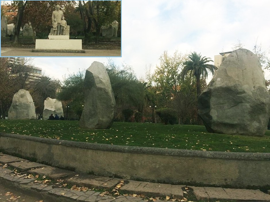 Monumento en la Plaza Almagro