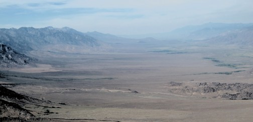 Lookung north along the Owens Valley