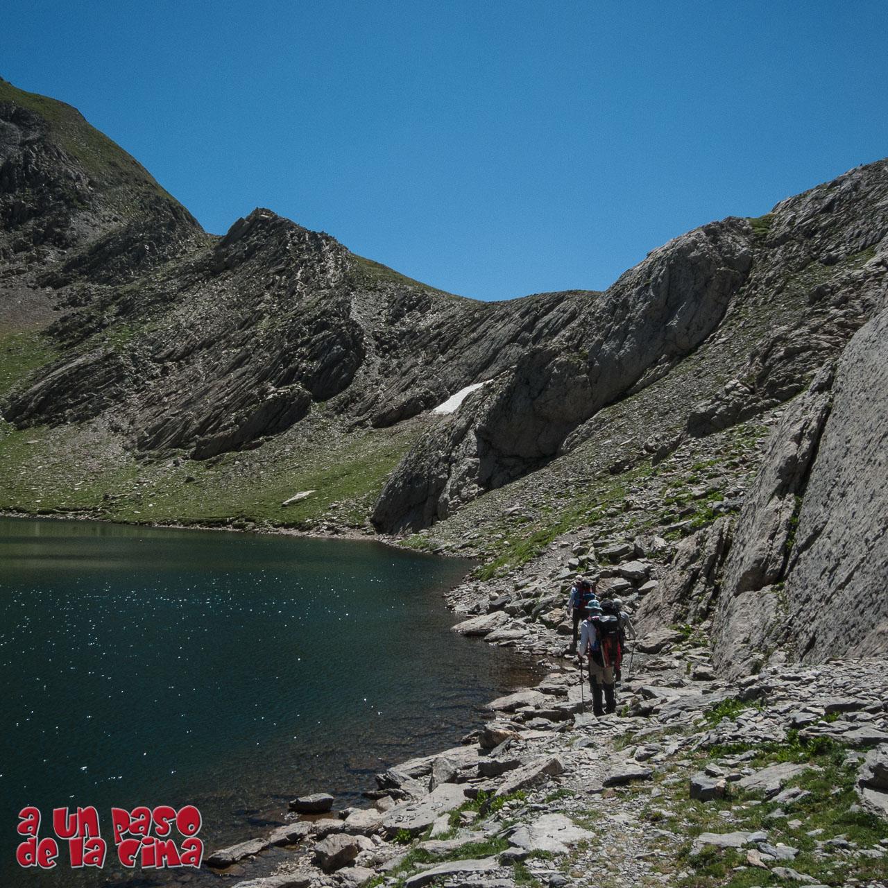 Tour du Vignemale: Bayssellance – Pico de Bernatuara – Bujaruelo