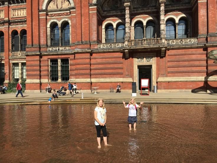 Victoria and Albert, museot, V&A, Lontoo, London, lasten kanssa