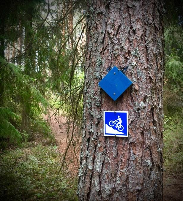 Iso-Melkutin, sinisellä merkitty reitti
