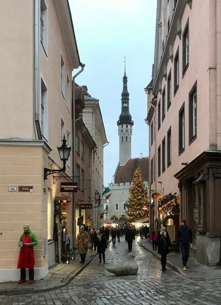 Tallinna, Raatihuoneen tori