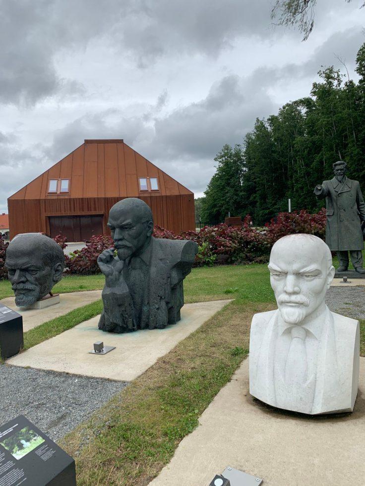 Lenin,  Neuvostokauden patsaat, Maarjamäe, Tallinna, Viro