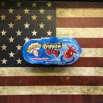 Warheads Dippin' Ring (25g) From Auntie Ammies Candy Shop