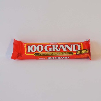 peanut chew bar 100 grand American sweets from Auntie Ammie's Candy shop