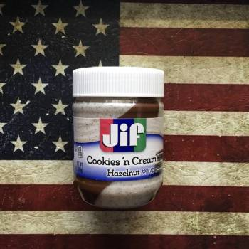 "Jif Cookies 'n"" Cream Hazelnut Spread. 360g From auntie Ammies candy Shop"
