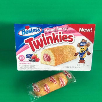 Hostess Mixed Berry Twinkies - Single 36g