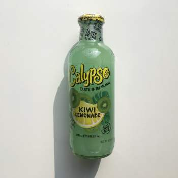 Calypso Kiwi Lewmonade(591ml) from Auntie Ammie American Candy Shop