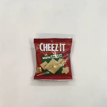 Cheez Its White Cheddar (42g) From Auntie Ammies Candy Shop