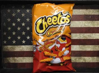 Cheetos Crunchy 226g American groceries Auntie Ammie's Candy Shop