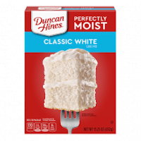 Duncan Hines Perfectly Moist Classic White Cake Mix 15.25oz