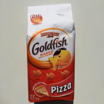 Pepperidge Farm Goldfish Pizza flavour American snacks UK from auntie Ammies Candy Shop