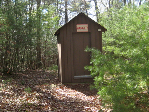 hikes with DANGEROUS bathrooms