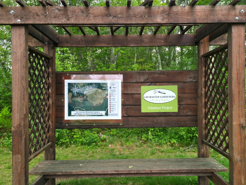 trail head  for the master gardener trail