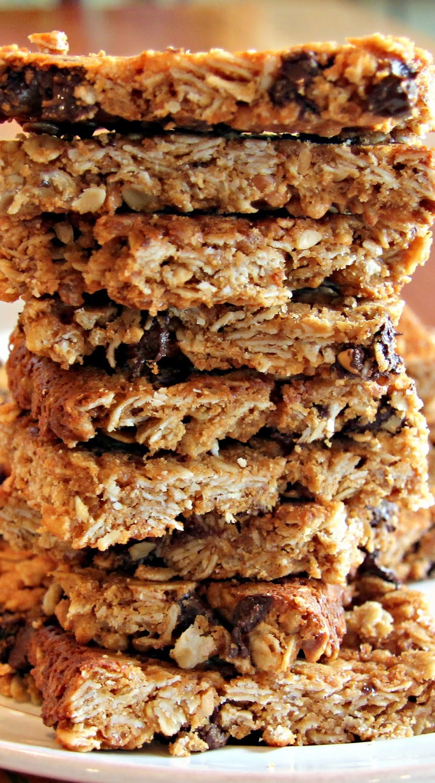Peanut Butter Granola Bars with Chocolate Chips - Crisp and