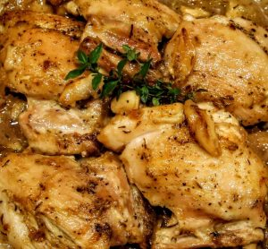 Braised Garlic Chicken Thighs