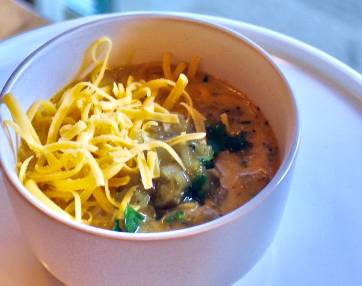 Spinach and Green Chile Cheddar Soup