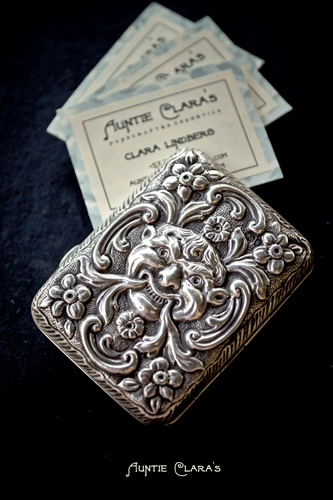 Silver cigarette case by Samuel Jacob, 1887, London