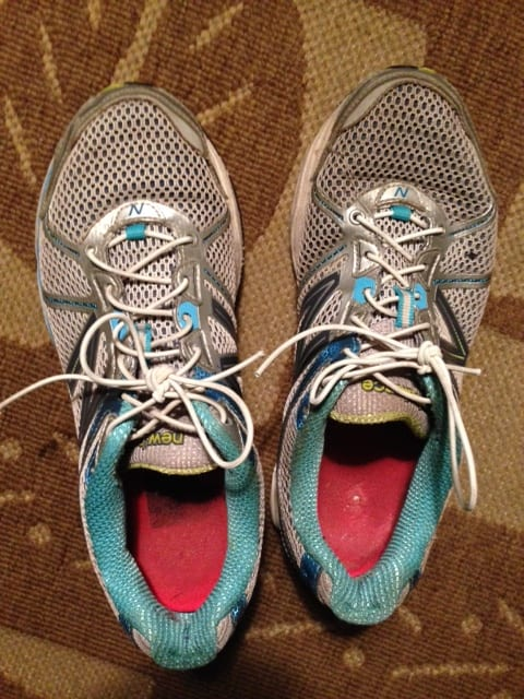 auntie stress elastic running shoes