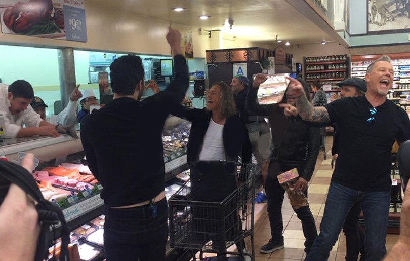 Look what happens if metallica meet a big fan at the supermarket look what happens if metallica meet a big fan at the supermarket auralcrave m4hsunfo