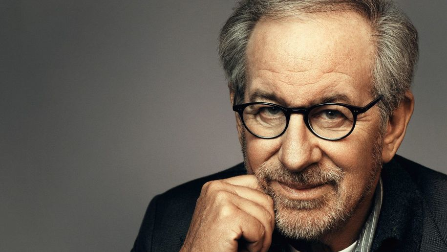 """I dream for a living"": Steven Spielberg lists his favorite movies"