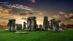 Il mito antico e universale di Stonehenge