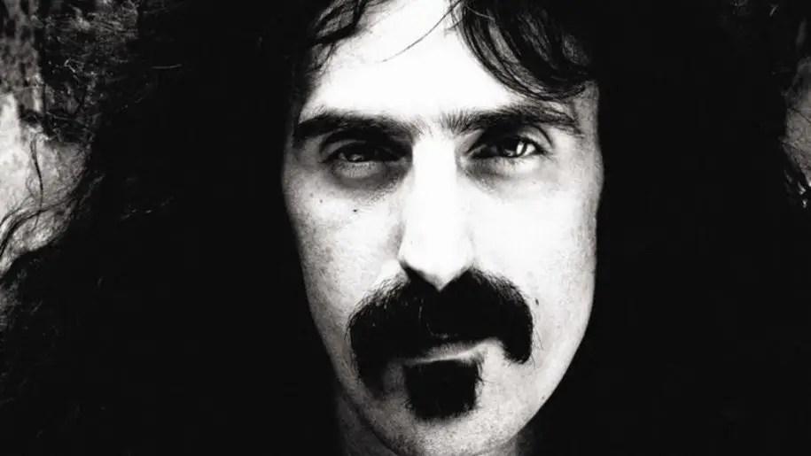 Frank Zappa contro il sistema: l'esibizione shock dei Grammy 1967