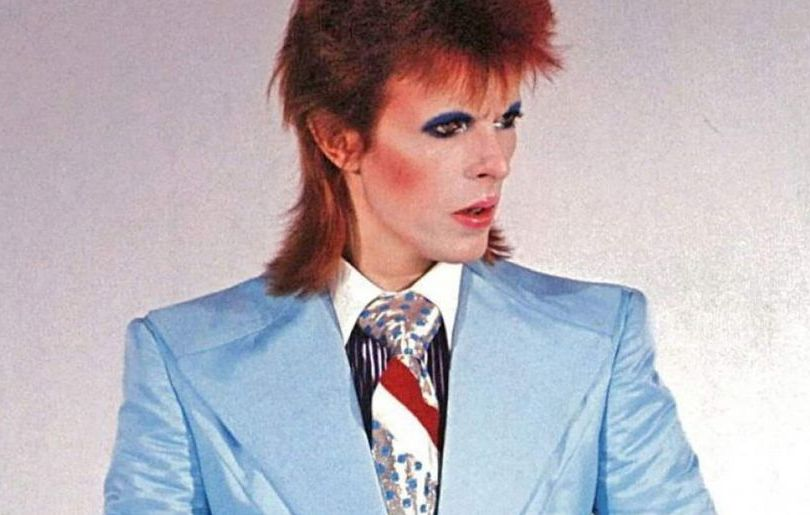 David Bowie, Life on Mars: the meanings of the lyrics ...