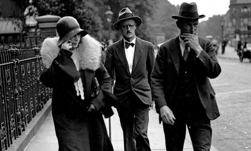 James-Joyce-with-Nora-Bar-015-1240x744